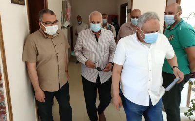 تلقى العاملين لقاح فيروس كورونا بالتعاون مع مديرية الصحة بالبحيرة